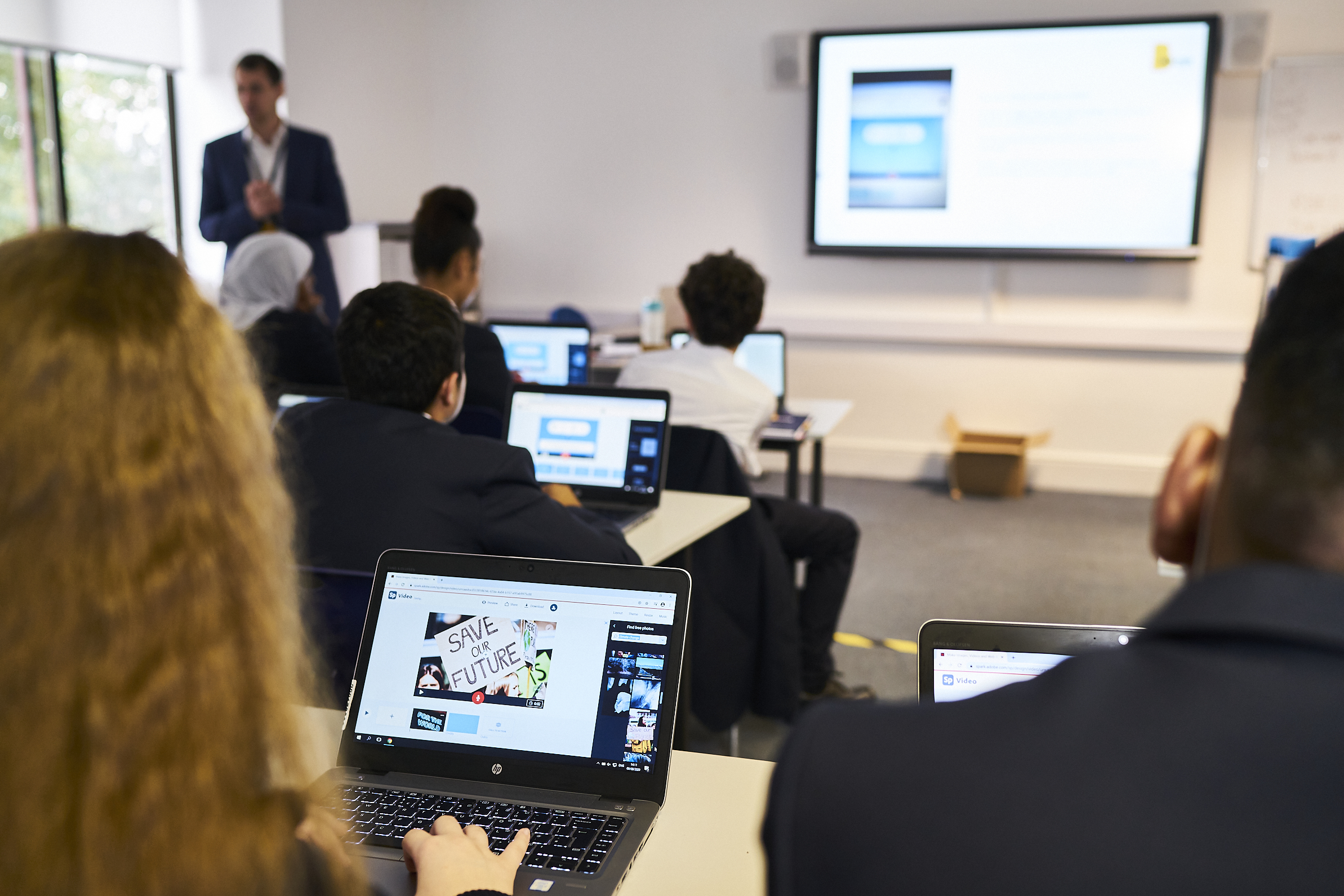 Building digital literacy skills in students