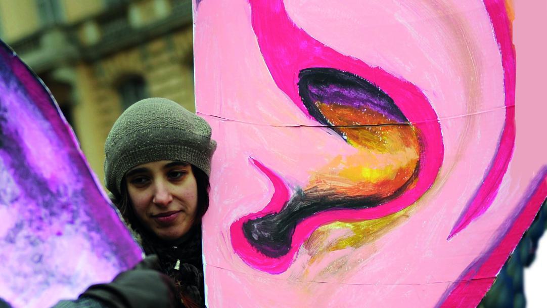 Is a rule demanding silence in school corridors really a good idea, asks Ann Mroz