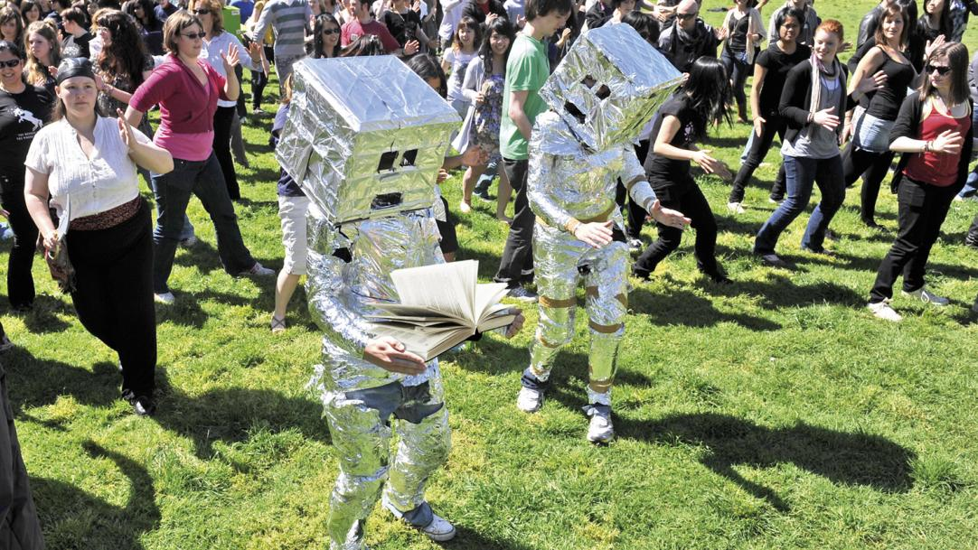Can we trust the robots to teach children to read?