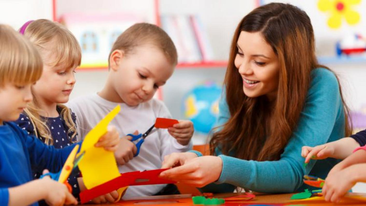 Disadvantaged boys benefit from an extra term of early schools, researchers have found.