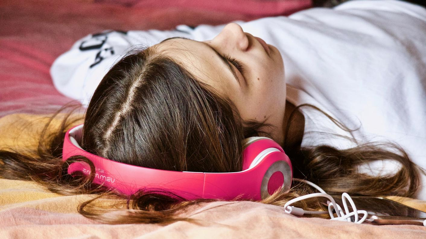 Audiobooks can give reluctant readers 'a love of books', says this teacher