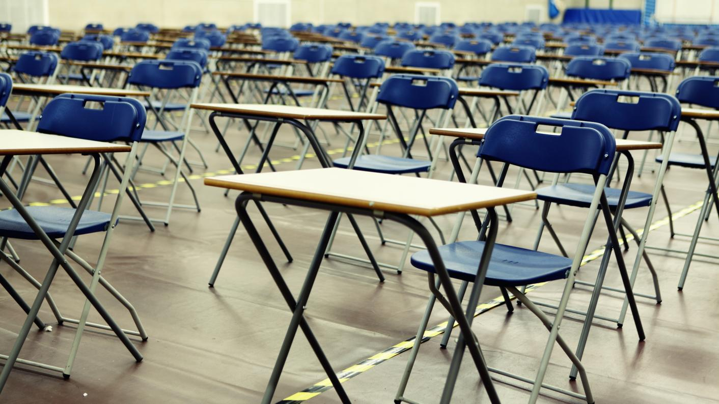 Autumn GCSE resits: Ofqual confirms who is responsible