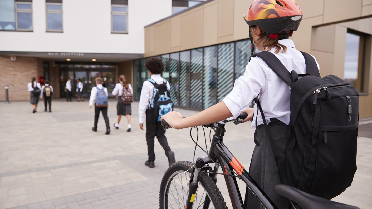 Coronavirus: Funding should be provided to help low-income families buy bikes so that pupils can cycle to school, with public transport limited by social distancing restrictions, say Greens