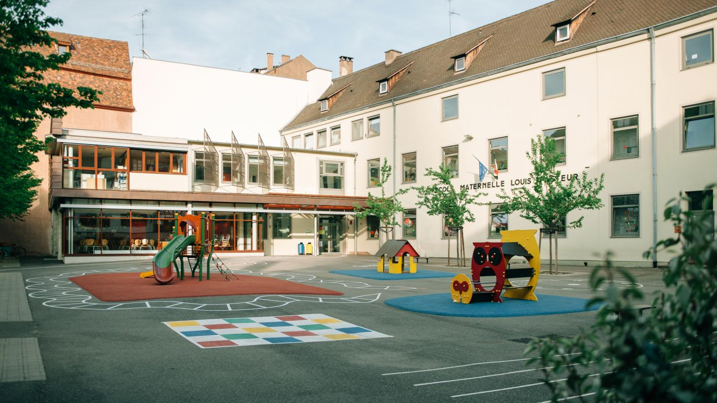 school reopening France