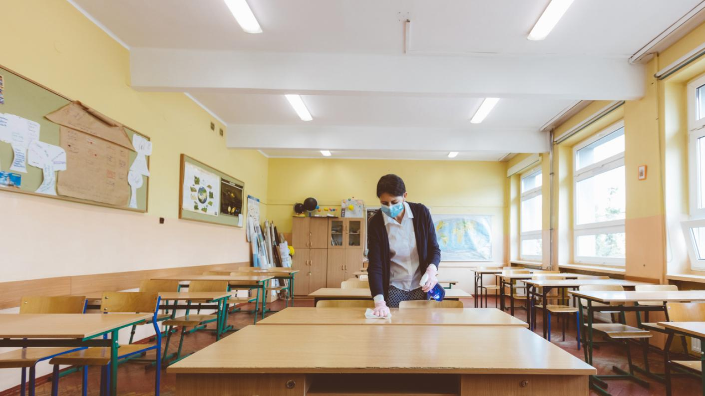 Coronavirus: The government should requisition public facilities to provide more space for schools to provide socially-distanced learning, says the NEU