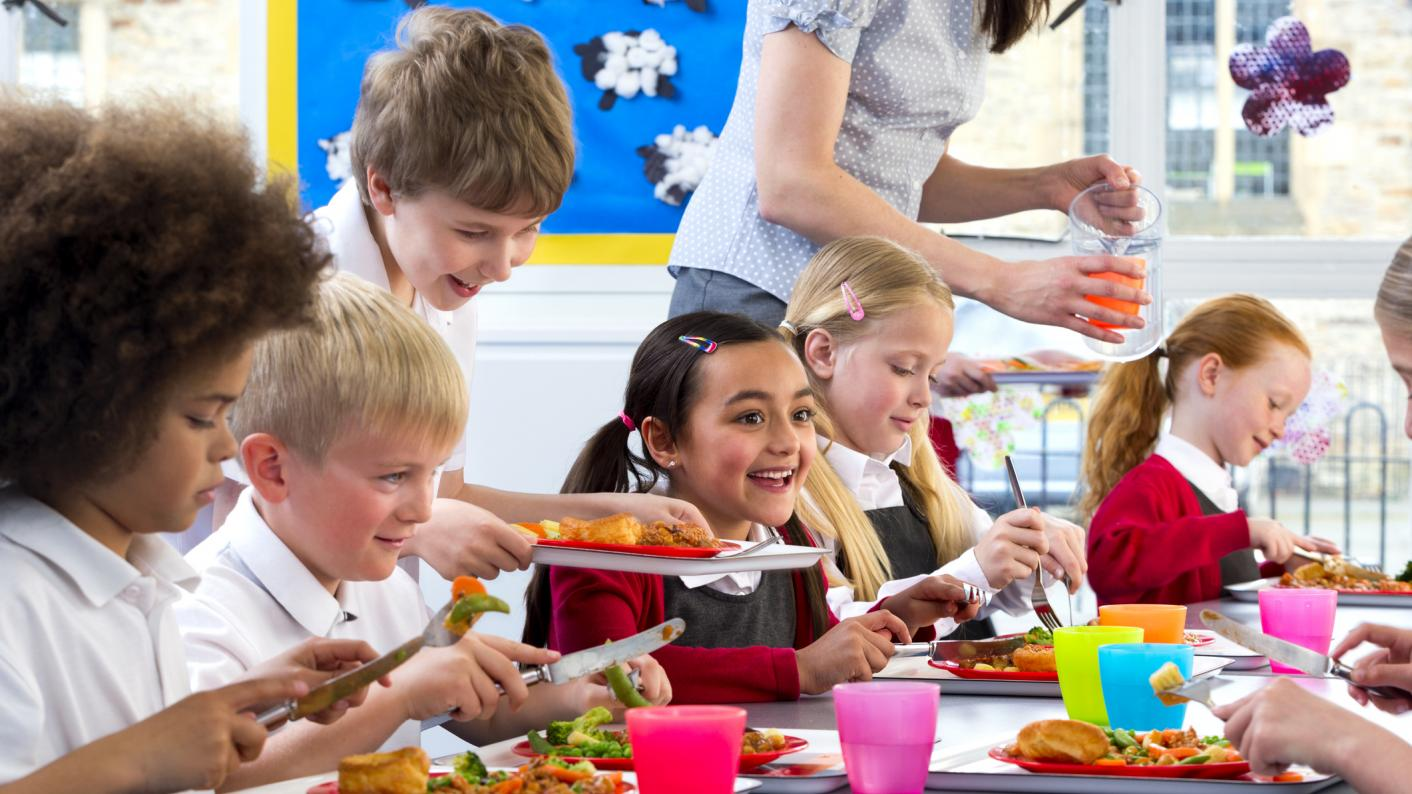 The SNP has pledge to offer free school meals to all primary pupils