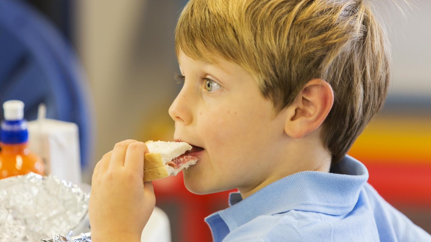 Free school meals 'chaos': The DfE knew the 'risks' in hiring Edenred to deliver the voucher scheme in the coronavirus crisis, says NAO