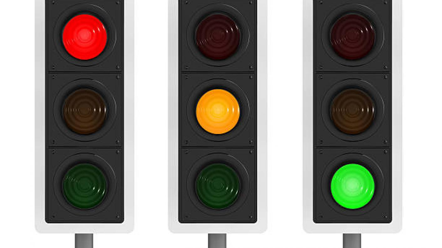 Coronavirus: Schools could reopen safely using a 'traffic light' system, say scientists
