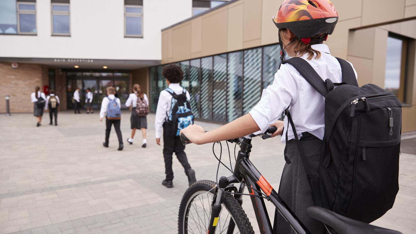 Coronavirus: Why is the government so reluctant to use student rotas to reopen schools?