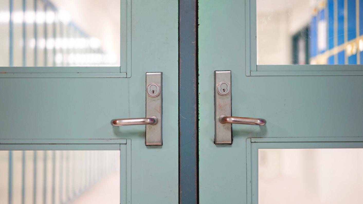 Coronavirus: Former health secretary Jeremy Hunt has called for the closure of schools 'right away'