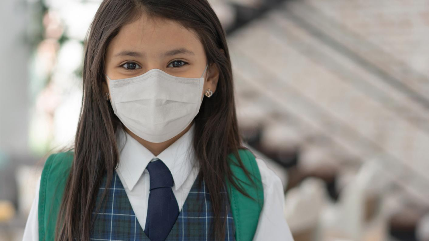 Covid: Senior MP Robert Halfon has called for 'definitive' rules on the wearing of face masks in schools
