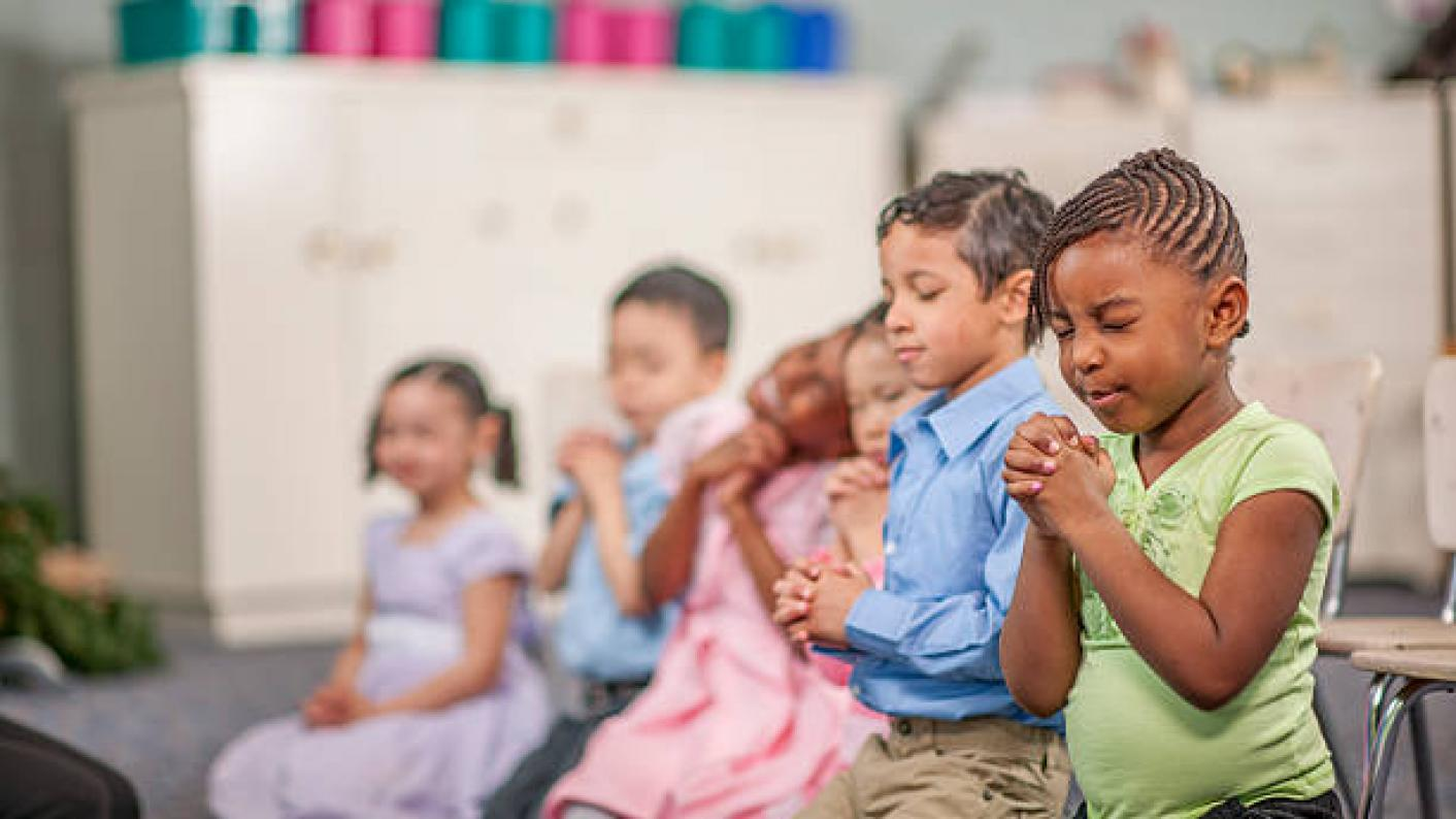 Most primary schools don't have daily collective worship, a poll suggests