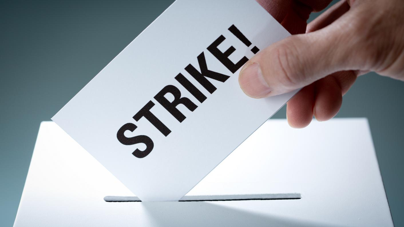 The EIS-FELA union and Scotland's colleges have come to an agreement that ends strike action over lecturers' roles