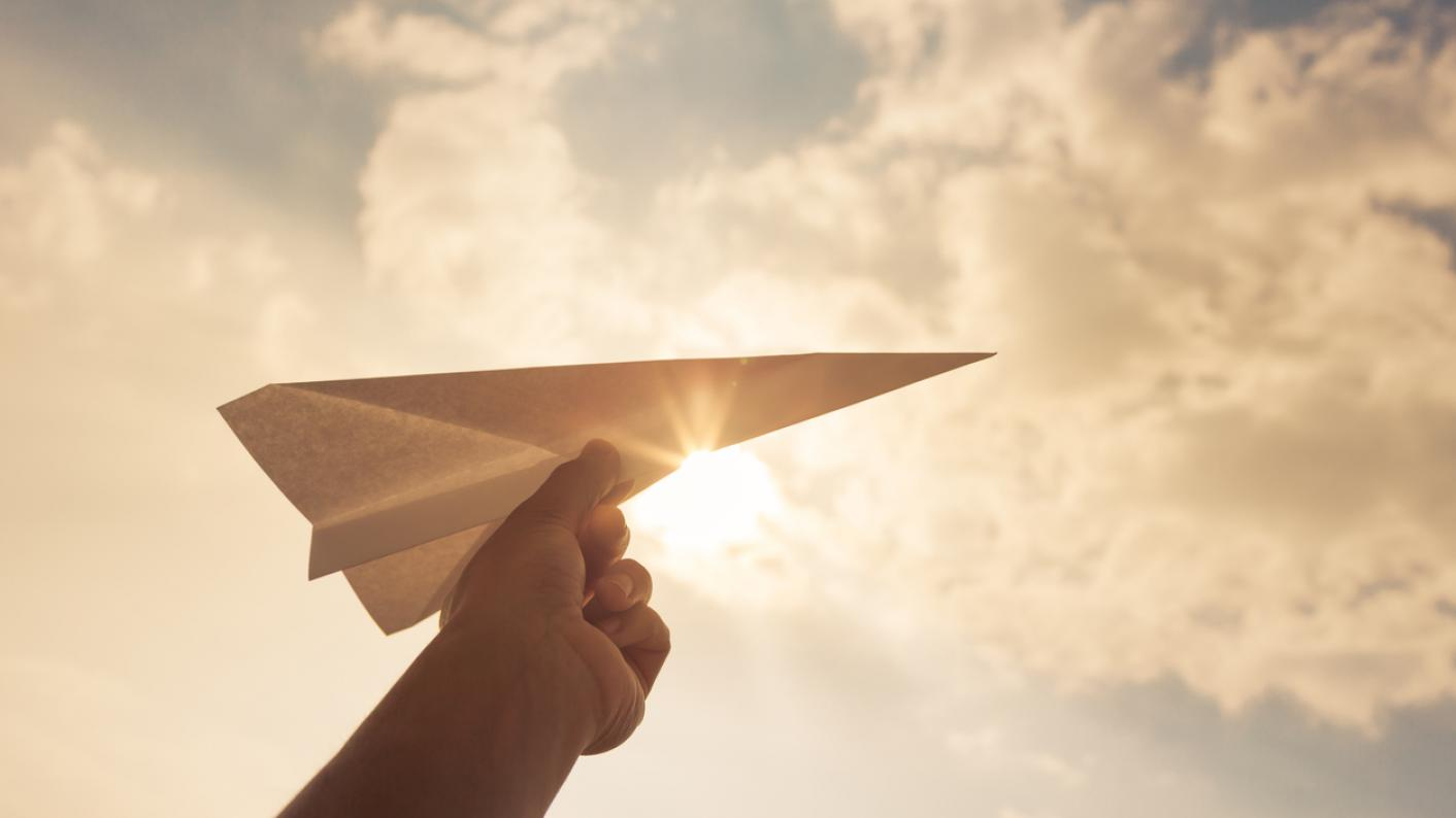 Wright Brothers Day: A paper aeroplane competition for schools