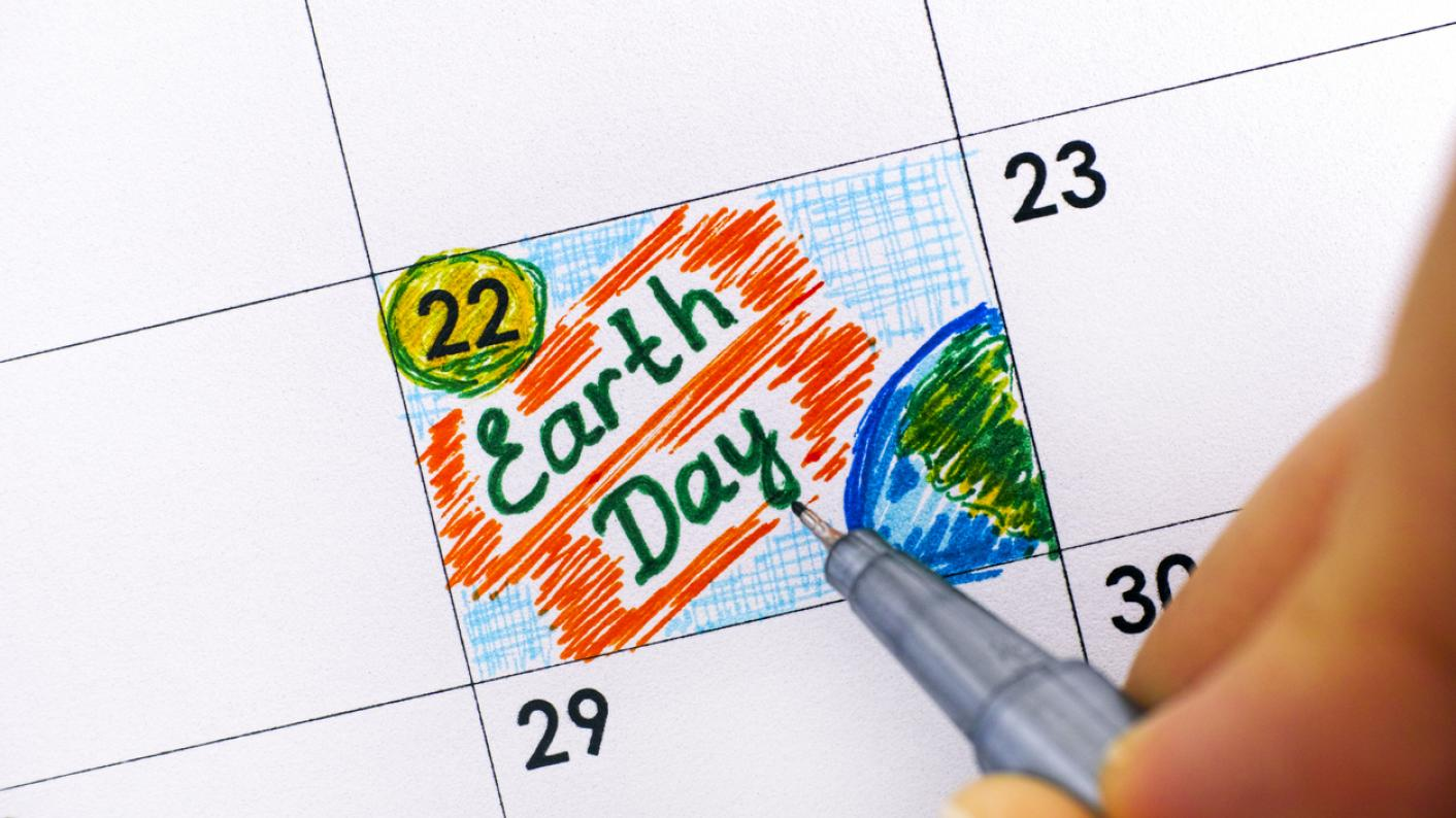 Earth Day writing marked on a calendar 22 April
